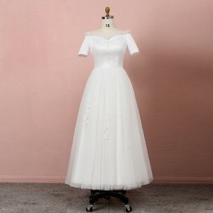 Classic Elegant Ivory Plus Size Wedding Dresses 2020 A-Line / Princess Tea-length Short Sleeve Solid Color Off-The-Shoulder Tulle Beading Sequins Summer Wedding
