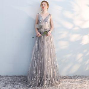 Schöne Grau Abendkleider 2017 A Linie Mit Spitze Applikationen Schleife V-Ausschnitt Rückenfreies Ärmellos Lange Festliche Kleider