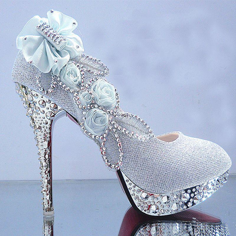 Schöne Weiß 2018 Hochzeit 11 cm Pumps Hochhackige Perlenstickerei Kristall Blumen Strass Abend Ball Stilettos Brautschuhe