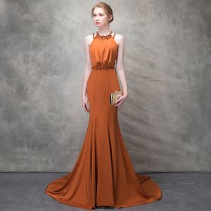 Elegante Orange Abendkleider 2017 Mermaid Künstliche Blumen Strass Kristall Neckholder Rückenfreies Ärmellos Hof-Schleppe Festliche Kleider