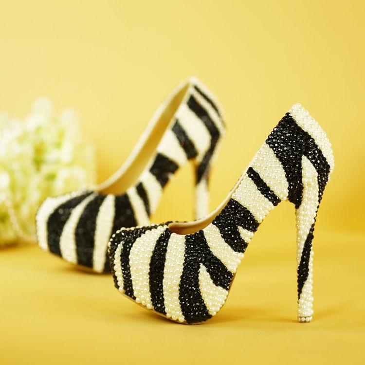 Amazing / Unique 2017 11 cm Black White Casual Church PU Pearl High Heels Stiletto Heels Pumps