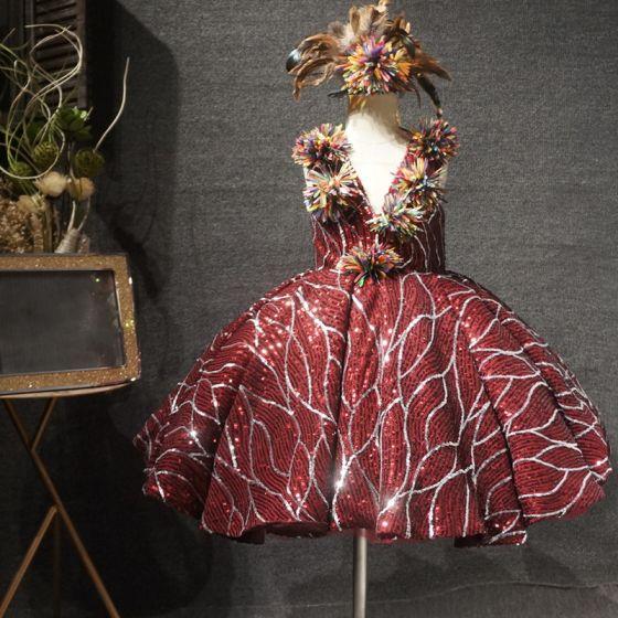 Błyszczące Burgund Urodziny Sukienki Dla Dziewczynek 2020 Suknia Balowa Przezroczyste Głęboki V-Szyja Bez Rękawów Cekiny Kwiat Krótkie Sukienki Na Wesele