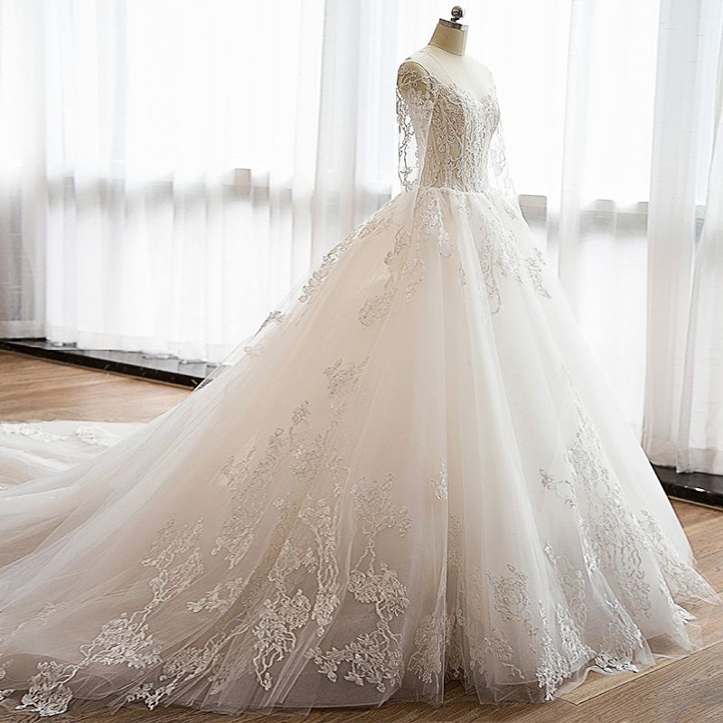 Affordable Modern / Fashion Church Wedding Dresses 2017 Lace Appliques Sweetheart Long Sleeve Backless Cathedral Train White Ball Gown
