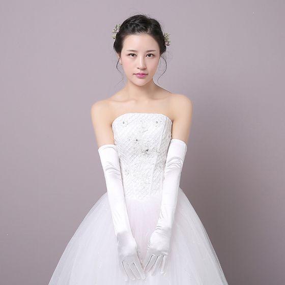 Modest / Simple White Charmeuse Wedding Prom Bridal Gloves 2018