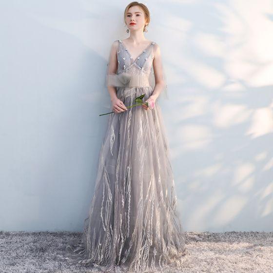 Schöne Grau Abendkleider 2019 A Linie V-Ausschnitt Schleife Spitze Blumen 1/2 Ärmel Rückenfreies Sweep / Pinsel Zug Festliche Kleider