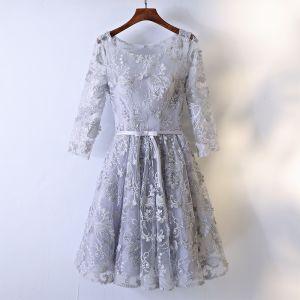 Elegant Formal Dresses Evening Dresses  2017 Silver Lace Flower 3/4 Sleeve Scoop Neck Tea-length A-Line / Princess