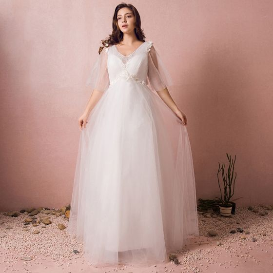 Chic / Beautiful White Wedding Dresses 2017 A-Line / Princess Tulle V-Neck Beading Appliques Backless Wedding