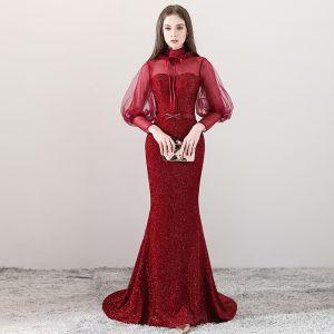 Bling Bling Burgunderrot Durchsichtige Abendkleider 2018 A Linie Stehkragen Lange Ärmel Perlenstickerei Schleife Stoffgürtel Hof-Schleppe Festliche Kleider
