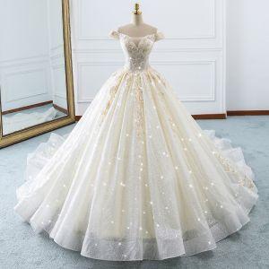 Luksusowe Szampan Suknie Ślubne 2018 Suknia Balowa Przy Ramieniu Kótkie Rękawy Bez Pleców Aplikacje Z Koronki Cekinami Tiulowe Wzburzyć Trenem Katedra