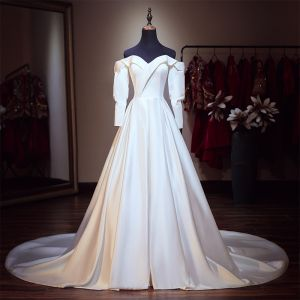 Modest / Simple Ivory Satin Wedding Dresses 2019 A-Line / Princess Off-The-Shoulder Puffy Long Sleeve Backless Chapel Train Ruffle