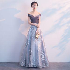 Elegant Grey Prom Dresses 2019 A-Line / Princess Suede Off-The-Shoulder Lace Short Sleeve Backless Floor-Length / Long Formal Dresses