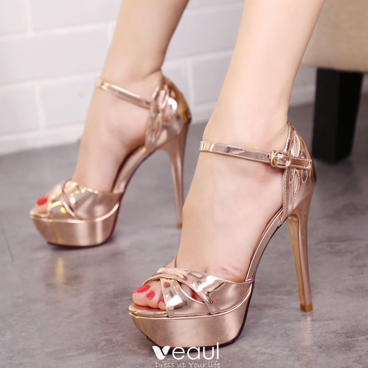 Chic / Beautiful 2017 Champagne Silver Casual Cocktail Party Evening Party Outdoor / Garden PU Summer Strappy Pumps