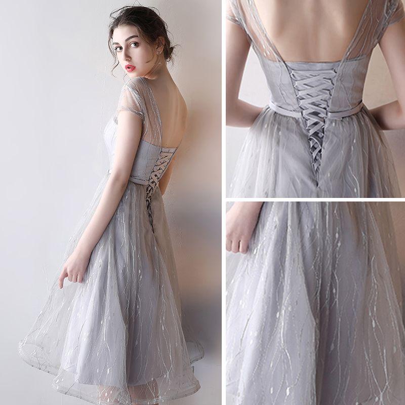 Modest / Simple Wedding Party Dresses 2017 Wedding Bridesmaid Dresses Silver A-Line / Princess Knee-Length Short Sleeve Scoop Neck Backless