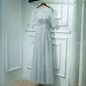 Eenvoudige Druif Jurken Voor Bruiloft Bruidsmeisjes Jurken 2017 Kant Bloem Ronde Hals 1/2 Mouwen Enkellange A lijn