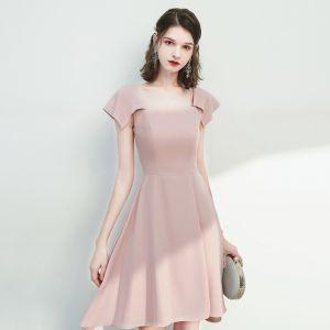 Chic / Belle Rougissant Rose de retour Robe De Graduation 2020 Princesse Encolure Carrée Sans Manches Dos Nu Mi-Longues Robe De Ceremonie