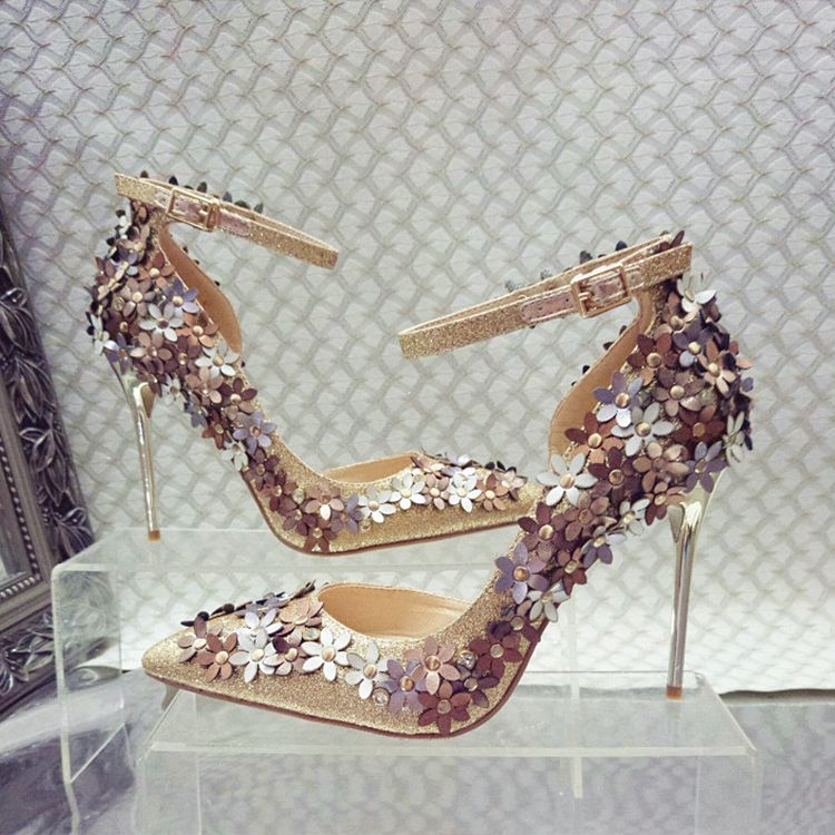 Chic / Beautiful 2017 10 cm / 4 inch Gold Silver Casual Satin Appliques High Heels Stiletto Heels Pumps Wedding Shoes