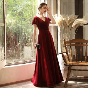 Chic / Beautiful Burgundy Velour See-through Evening Dresses  2020 A-Line / Princess High Neck Puffy Short Sleeve Appliques Flower Beading Floor-Length / Long Ruffle Backless Formal Dresses