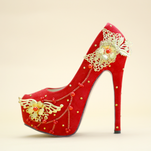 Chinese style Red Wedding Shoes 2019 Beading Gold Flower 14 cm Stiletto Heels Round Toe Wedding Pumps
