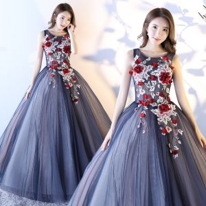 Chic / Beautiful Navy Blue Prom Dresses 2017 Ball Gown Scoop Neck Sleeveless Appliques Flower Floor-Length / Long Ruffle Backless Formal Dresses