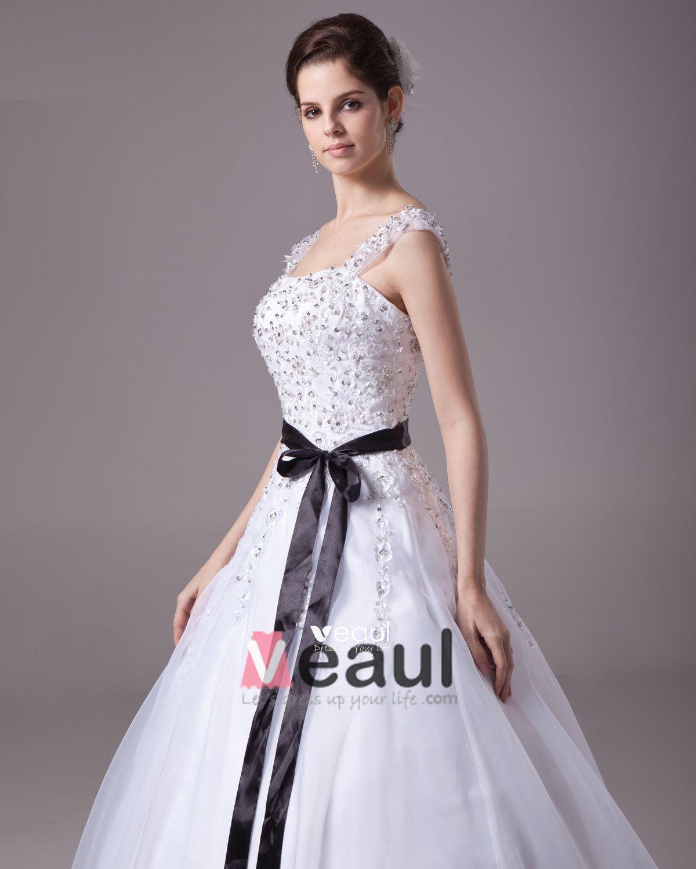 Square Floor Length Beading Applique Satin Yarn Ball Gown Wedding Dress