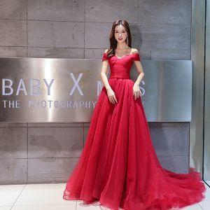 Simple Bordeaux Robe De Soirée 2019 Princesse De l'épaule Manches Courtes Glitter Tulle Tribunal Train Volants Dos Nu Robe De Ceremonie
