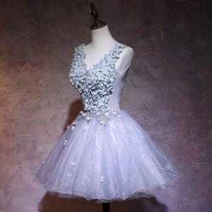 Elegant Grey Party Dresses 2019 A-Line / Princess V-Neck Appliques Lace Flower Sleeveless Backless Short Formal Dresses