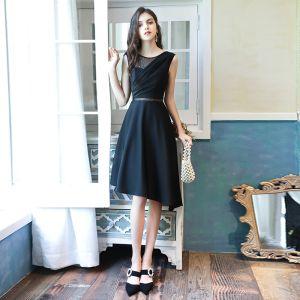 Mode Schwarz Durchsichtige Heimkehr Abiballkleider 2020 A Linie Rundhalsausschnitt Ärmellos Pailletten Asymmetrisch Rückenfreies Festliche Kleider