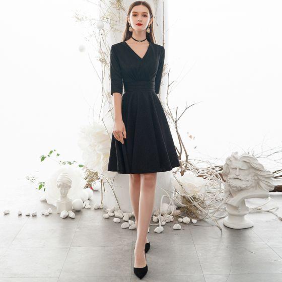 Vintage / Originale Simple Couleur Unie Noire de retour Robe De Graduation 2020 Princesse V-Cou 1/2 Manches Mi-Longues Robe De Ceremonie