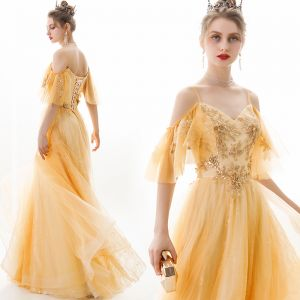Flotte Guld Selskabskjoler 2019 Prinsesse Spaghetti Straps Pailletter Med Blonder Blomsten Kort Ærme Halterneck Lange Kjoler