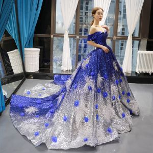 Sparkly Royal Blue Gradient-Color Silver Sequins Red Carpet Evening Dresses  2020 A-Line / Princess Off-The-Shoulder Short Sleeve Appliques Flower Beading Feather Chapel Train Ruffle Backless Formal Dresses