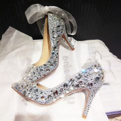 Charming Silver Wedding Shoes 2019 Bow Rhinestone Sequins 10 cm Stiletto Heels Pointed Toe Wedding Pumps