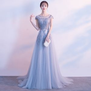 Elegant Grey Evening Dresses  2017 A-Line / Princess Scoop Neck Cap Sleeves Appliques Lace Pearl Bow Sash Court Train Ruffle Backless Formal Dresses