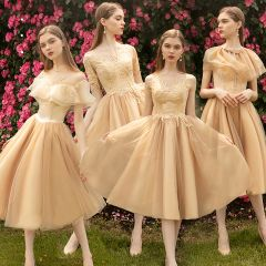 Modern / Fashion Nude Bridesmaid Dresses 2019 A-Line / Princess Appliques Lace Tea-length Ruffle Wedding Party Dresses