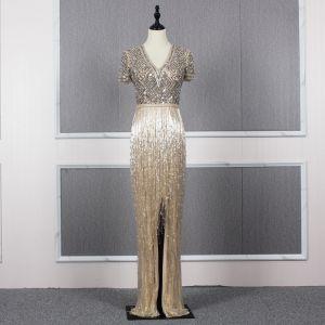 Luxus / Herrlich Gold Abendkleider 2020 Meerjungfrau Tiefer V-Ausschnitt Kurze Ärmel Stoffgürtel Handgefertigt Perlenstickerei Quaste Lange Rüschen Festliche Kleider