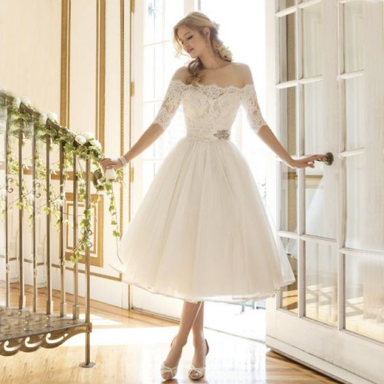 Chic / Beautiful White Dating Formal Dresses 2018 A-Line / Princess Summer Lace Flower Off-The-Shoulder Short Sleeve Tea-length