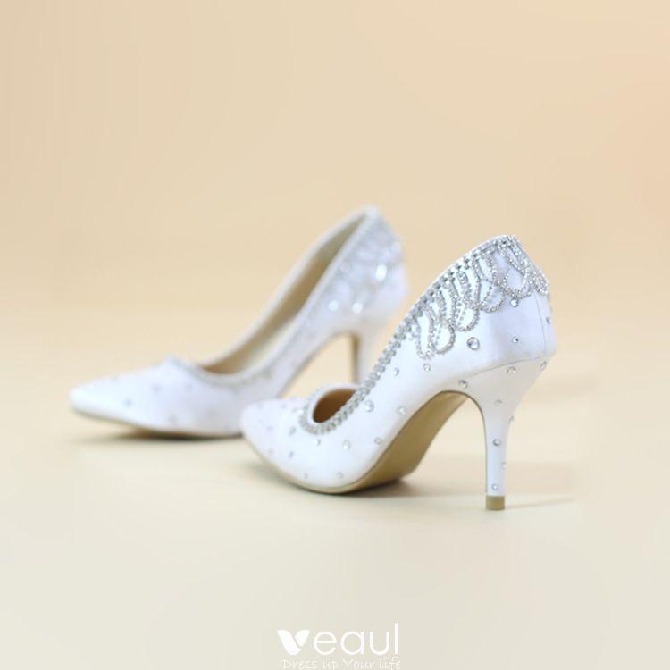 Chic / Beautiful 2017 8 cm / 3 inch White Church Outdoor / Garden Lace Satin Chiffon Rhinestone High Heels Stiletto Heels Pumps Wedding Shoes
