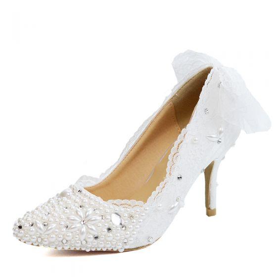 Elegant Ivory Lace Flower Wedding Shoes 2020 Pearl Rhinestone Bow 8 cm Stiletto Heels Pointed Toe Wedding Pumps