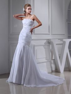 2015 Classic A-line Strapless Pleated Beading Wedding Dress