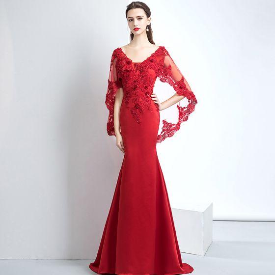 aed42b0efc Piękne Czerwone Sukienki Wieczorowe 2017 Syrena   Rozkloszowane V-Szyja  Charmeuse Aplikacje Bez Pleców Frezowanie Wieczorowe Sukienki Wizytowe