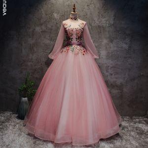 Style Chinois Rougissant Rose Robe De Bal 2017 Robe Boule Col Haut Manches Longues Appliques Fleur Perle Ceinture Longue Volants Dos Nu Robe De Ceremonie