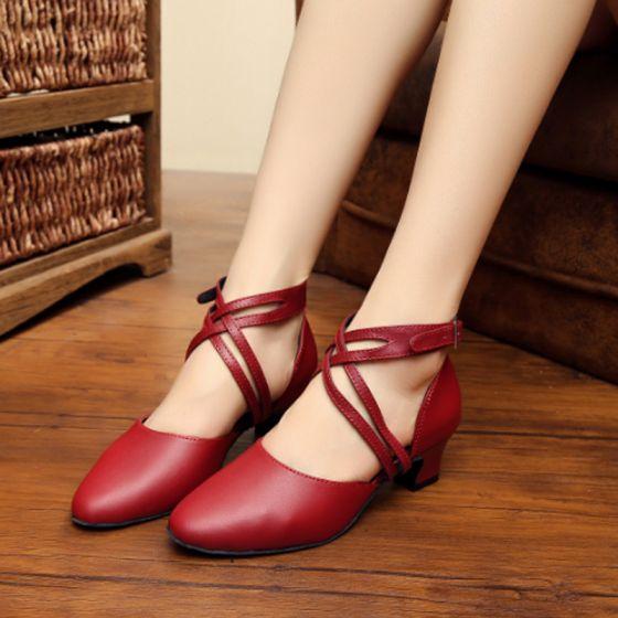 Stylowe / Modne Czerwone Latin Buty Taneczne 2020 8 cm Skórzany Klamra Taniec Bal X-Bar Wysokie Obcasy Sandały Okrągłe Toe Buty Damskie