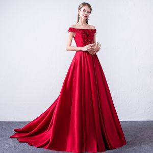 Chic / Beautiful Burgundy Evening Dresses  2018 A-Line / Princess Lace Appliques Beading Sequins Off-The-Shoulder Backless Sleeveless Sweep Train Formal Dresses