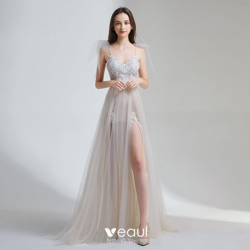 Affordable Champagne Summer Beach Wedding Dresses 2020 A Line Princess Spaghetti Straps Sleeveless Appliques Lace Backless,Wedding Dressing Table