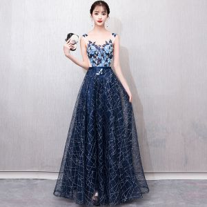 Illusion Navy Blue See-through Prom Dresses 2018 A-Line / Princess V-Neck Sleeveless Appliques Lace Pearl Glitter Sequins Sash Floor-Length / Long Ruffle Backless Formal Dresses