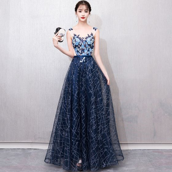 bd2bc9159c6b6 Illusion Navy Blue See-through Prom Dresses 2018 A-Line / Princess V-Neck  Sleeveless Appliques Lace Pearl Glitter Sequins Sash Floor-Length / Long ...