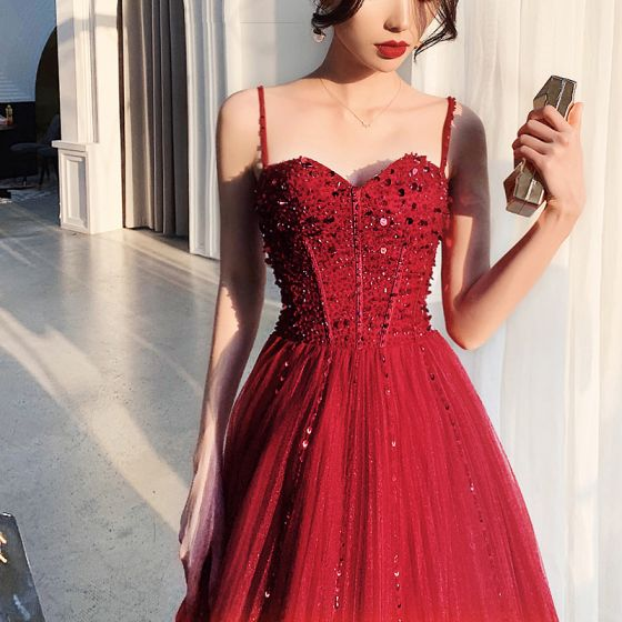 Luxury / Gorgeous Burgundy Prom Dresses 2019 A-Line / Princess Spaghetti Straps Sleeveless Beading Floor-Length / Long Ruffle Backless Formal Dresses