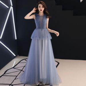 Chic Bleu Ciel Transparentes Robe De Soirée 2019 Princesse Encolure Dégagée Sans Manches Appliques Fleur Train De Balayage Volants Dos Nu Robe De Ceremonie