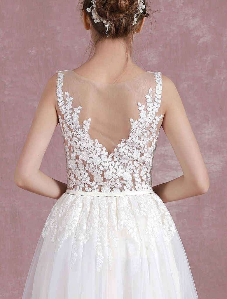 Chic / Beautiful Ivory Wedding Dresses 2017 A-Line / Princess Scoop Neck Sleeveless Pierced Lace Ruffle Tulle Sash Floor-Length / Long
