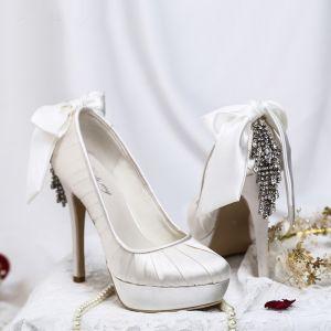 Chic Ivoire Chaussure De Mariée 2019 Satin Cuir Noeud Faux Diamant 12 cm Talons Aiguilles À Bout Rond Mariage Escarpins