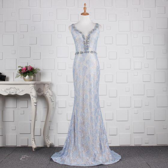 Elegante Himmelblau Abendkleider 2019 Meerjungfrau Glanz Spitze Kristall V-Ausschnitt Ärmellos Rückenfreies Sweep / Pinsel Zug Festliche Kleider